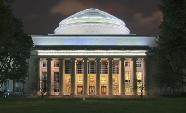 En el Massachusetts Institute of Technology (WITH) courses are given on computational thinking and data science, as well as to analyze data to interpret social problems. (Photo: Wikipedia)