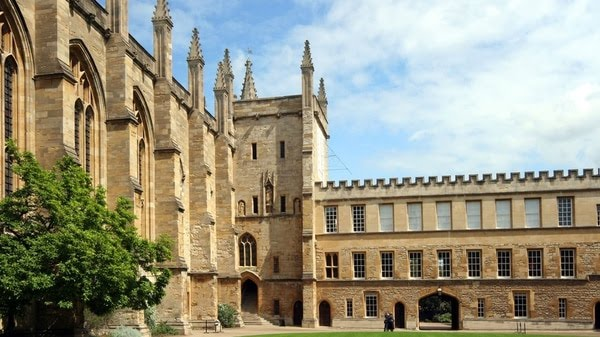 Consider the best university in the world, the one in Oxford, in the United Kingdom, offers courses related to current trends. (Photo: Archive)
