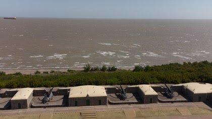 Puerto Belgrano - Donde late el corazón de la Armada Argentina UVAFV5I7UZC6LEEMNV4JAPO3W4