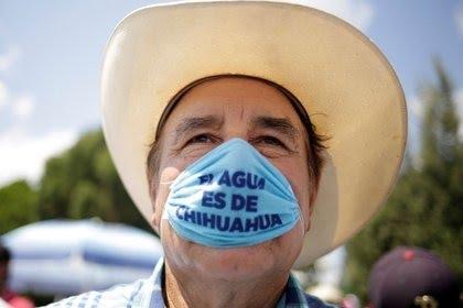 Incautan FX-05 y cargadores a grupo criminal en Teocaltiche Jalisco 7SJBIBFHZDMCFDHHEWQT3IW244
