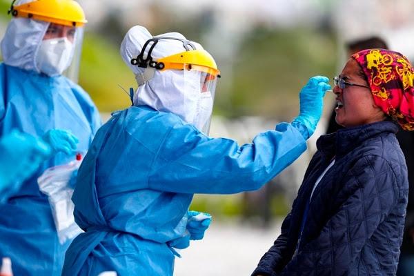 En el mundo hay cada vez más contagios, pero la tasa de letalidad está bajando, al igual que en Argentina - EFE