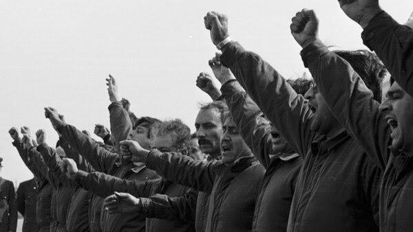 Los sobrevivientes del crucero de la Armada Argentina son hombres a los que la eternidad les pertenece, según Urchipía. Foto: Osvaldo Zurlo.