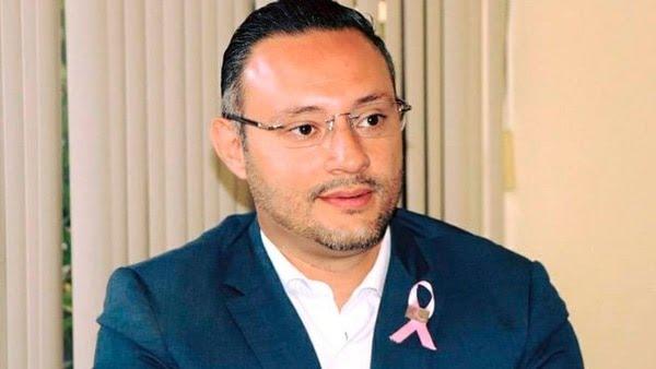 Germán Ortega director del Seguro Popular de Michoacán ( Foto: Especial)