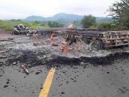 "Surge ""La Nueva Familia"" en Michoacán y declara la guerra al CJNG  - Página 2 JF4B66V6NJEH5GSJTBO6IPAL7Q"