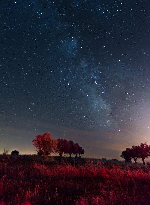 Alentejo incluye una reserva que protege los cielos nocturnos, por lo que el astroturismo está muy desarrollado en Alqueva (iStock)
